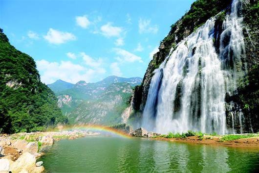兴山全面吹响全域旅游发展号角