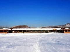 宜昌百里荒滑雪一日游198元