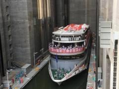 【世界之最】乘豪华游船过三峡大坝-体验三峡大坝升船机半日游