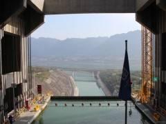 三峡大坝升船机一日游