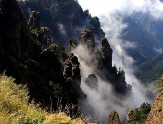 宜昌出发到神农架精华两日游【经典线路】 含超值四大景区