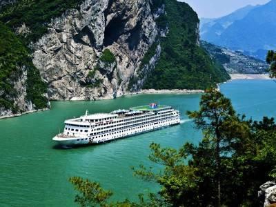 尽览长江三峡-过三峡大坝-华夏神女系列豪华游船预定