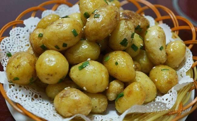 土家特色炕土豆