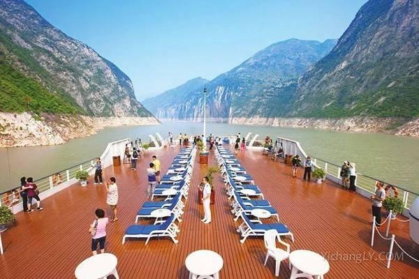 三峡游船——甲板