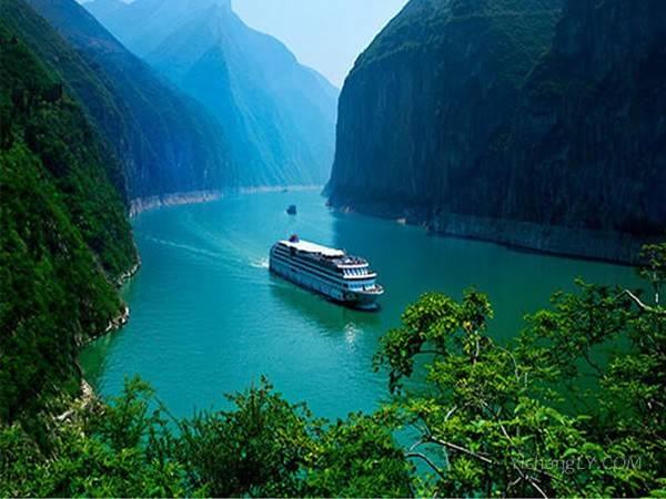 宜昌乘船到重庆 长江三峡三日游 普通游船