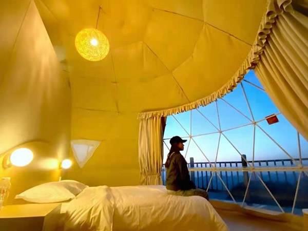 百里荒帐篷酒店